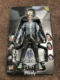 1/6 Scale Hot Toys Quicksilver Marvel Avengers Age Of Ultron