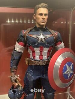 Hot Toys Avengers Age Of Ultron Captain America Sixth Scale Movie Masterpiece