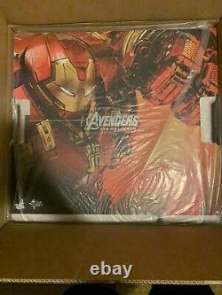 Hot Toys Avengers Age of Ultron Hulkbuster (Deluxe Version)