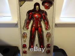 Hot Toys Avengers Age of Ultron IRON MAN Mark 45 XLV 1/6th scale