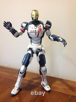 Hot Toys Avengers Age of Ultron Iron Legion action figure, 1/6 scale