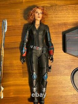 Hot Toys Avengers Black Widow MMS178 and Mms288 Avengers Age Of Ultron