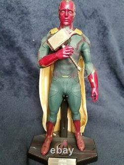 Hot Toys MMS296 Avengers Age Of Ultron 1/6 Scale Vision Action Figure