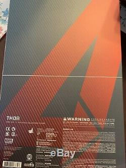 Hot Toys MMS306 Age of Ultron Thor 1/6 Figure- complete with shipper