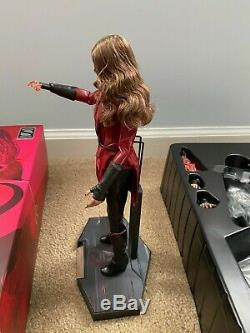Hot Toys MMS357 Avengers Age of Ultron Scarlet Witch New Avengers Exclusive