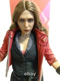 Hot Toys Scarlet Witch Age Of Ultron AVENGERS 2 MMS301