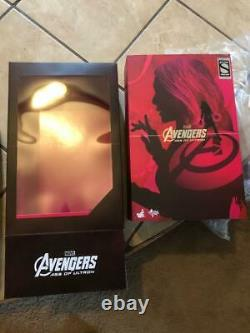 Hot Toys Scarlet Witch New Avengers Age of Ultron Marvel