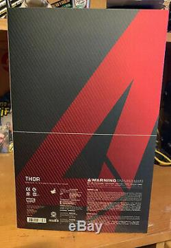 Thor Marvel Avengers Age Of Ultron 1/6 Scale Hot Toys